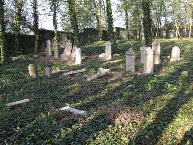 7.2 Židovský hřbitov