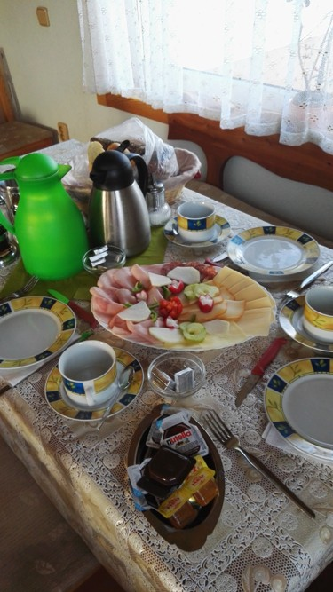 7.9 snídaně na pensionu Jitka